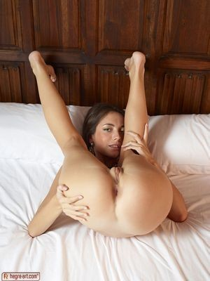 Amira Maria escort